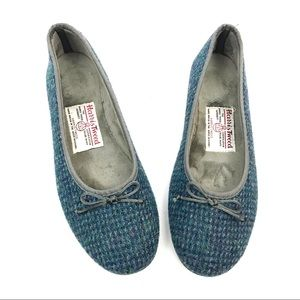 NWOT - Harris Tweed hand woven blue wool flats